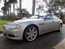 2009_Maserati_Quattroporte_S_ Hollywood FL