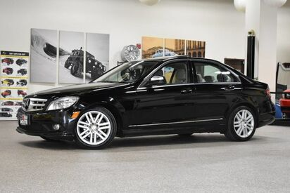 2009_Mercedes-Benz_C300_4MATIC_ Boston MA