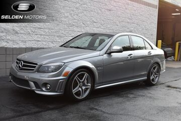 2009_Mercedes-Benz_C63_AMG_ Willow Grove PA