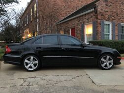 2009_Mercedes-Benz_E-Class_Luxury 3.5L 2-owners EXCELLENT CONDITION MUST C & DRIVE!_ Arlington TX