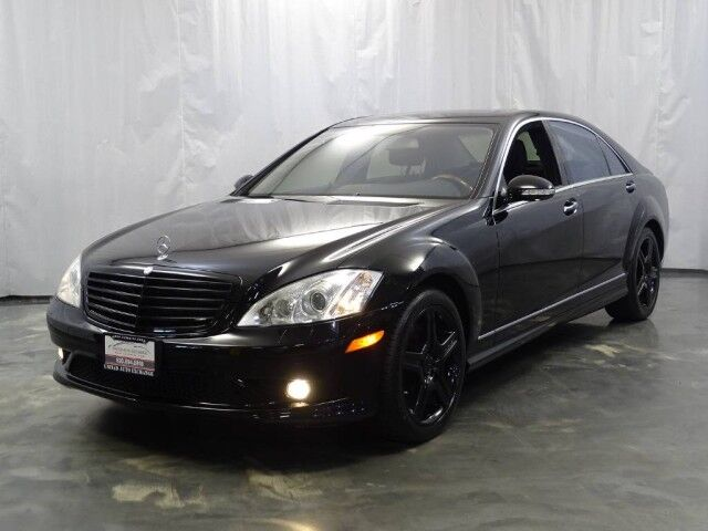 2009 Mercedes-Benz S-Class S550 / 5.5L V8 Engine / 4matic AWD / Sport Package / Sunroof / Navigation / Parking Aid with Rear View Camera / Heated Leather Seats / Harman Kardon Sound System Addison IL