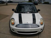 2009_Mini_Clubman_Base_ Clarksville IN
