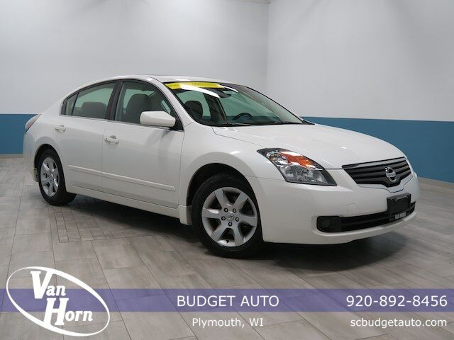 2009 Nissan Altima 2.5 S Plymouth WI