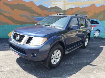 2009_Nissan_Pathfinder_SE 4WD_ Saint Joseph MO