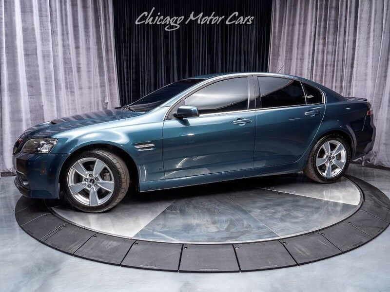 2009_Pontiac_G8_GT Coupe_ Chicago IL