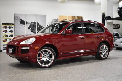2009_Porsche_Cayenne_GTS_ Boston MA