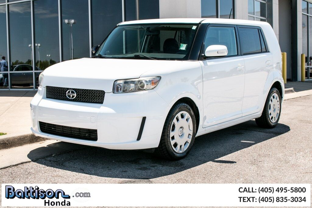 2009_Scion_xB_Base_ Oklahoma City OK