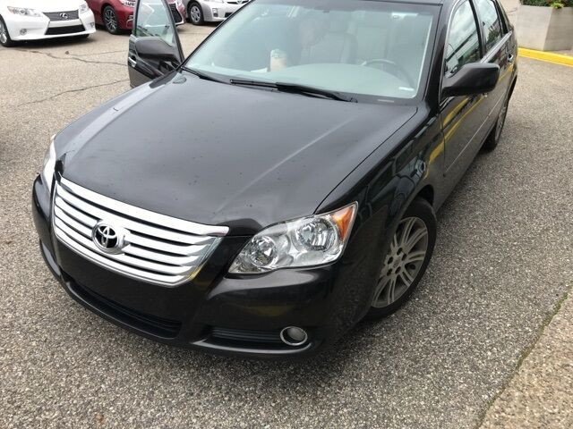 2009 Toyota Avalon  Holland MI