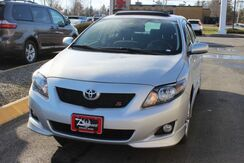 2009_Toyota_Corolla_S_ Brewer ME
