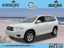 2009_Toyota_Highlander_Base_ Newport NC