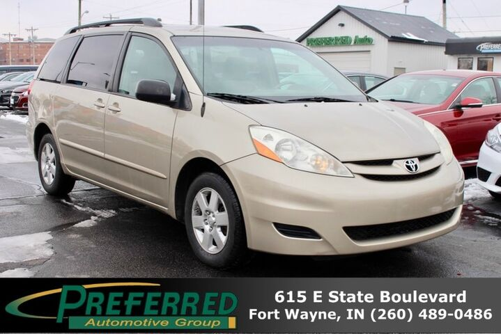 2009 Toyota Sienna LE Fort Wayne Auburn and Kendallville IN