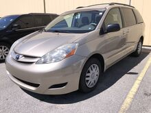 2009_Toyota_Sienna_LE_ Fort Wayne Auburn and Kendallville IN