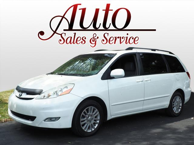 2009 Toyota Sienna XLE Indianapolis IN