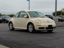 2009_Volkswagen_Beetle_S_ Green Bay WI