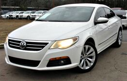 Volkswagen CC w/ NAVIGATION & LEATHER SEATS 2009