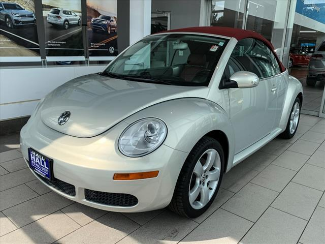 2009 Volkswagen New Beetle Convertible Blush Edition PZEV Brookfield WI