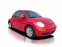 2009_Volkswagen_New Beetle Coupe_S_ Wynnewood PA
