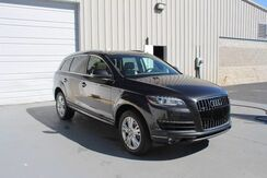 2010_Audi_Q7_3.0L TDI Premium Plus AWD SUV Navigation Leather 3rd Row_ Knoxville TN