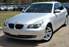 2010_BMW_535i_w/ NAVIGATION & LEATHER SEATS_ Lilburn GA