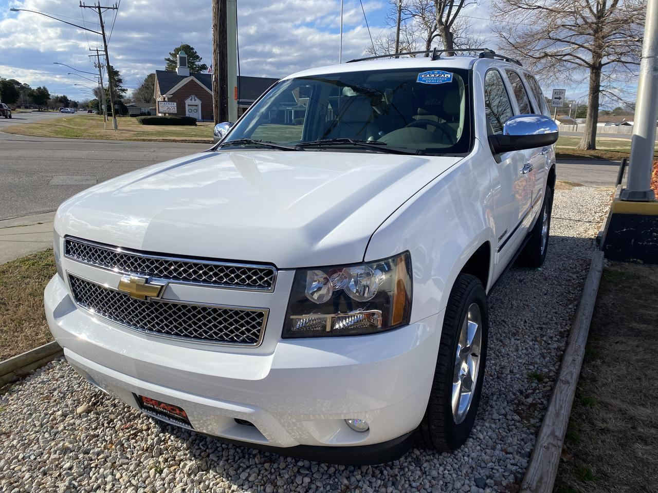 2010 CHEVROLET TAHOE LTZ 4X4, WARRANTY, LEATHER, NAV, HEATED/COOLED SEATS, DVD PLAYER, 3RD ROW, SUNROOF, CLEAN CARFAX! Norfolk VA