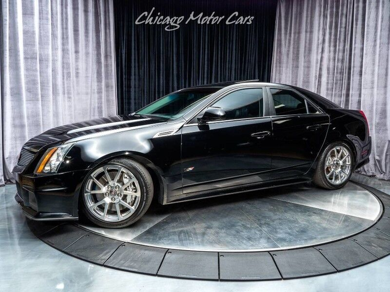 2010_Cadillac_CTS-V_Sedan_ Chicago IL
