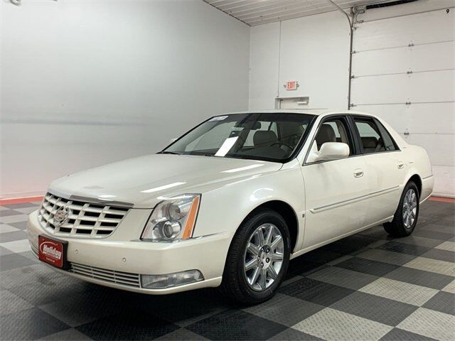 2010 Cadillac DTS with 1SD Fond du Lac WI