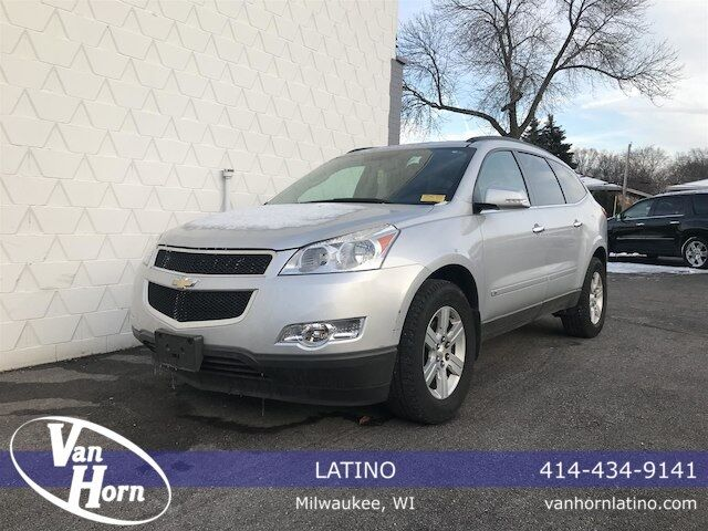 2010 Chevrolet Traverse 2LT Plymouth WI