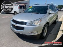 2010_Chevrolet_Traverse_LT w/1LT_ Decatur AL