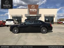 2010_Chrysler_300_300S V6_ Wichita KS
