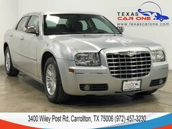 2010_Chrysler_300_TOURING AUTOMATIC LEATHER SEATS POWER DRIVER SEAT CRUISE CONTROL ALLOY WHEELS_ Carrollton TX