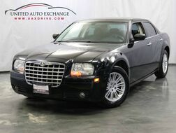 2010_Chrysler_300_Touring_ Addison IL
