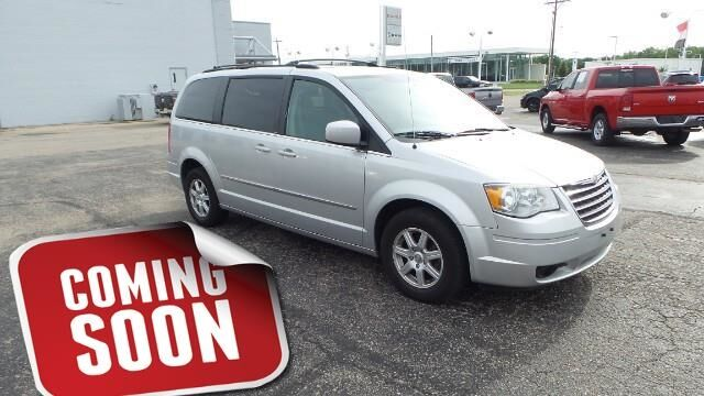 2010 Chrysler Town & Country 4dr Wgn Touring Topeka KS