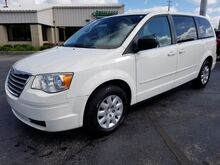 2010_Chrysler_Town & Country_LX_ Fort Wayne Auburn and Kendallville IN