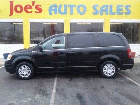 2010 Chrysler Town & Country LX Indianapolis IN