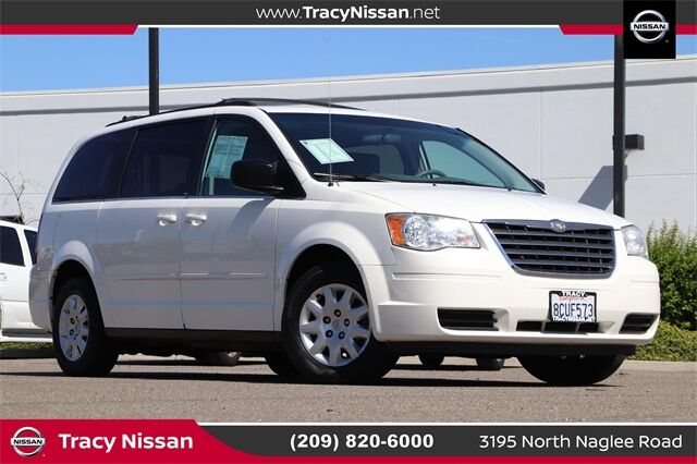 2010 Chrysler Town & Country LX Tracy CA