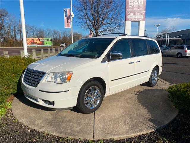2010 Chrysler Town & Country Limited Fairless Hills PA