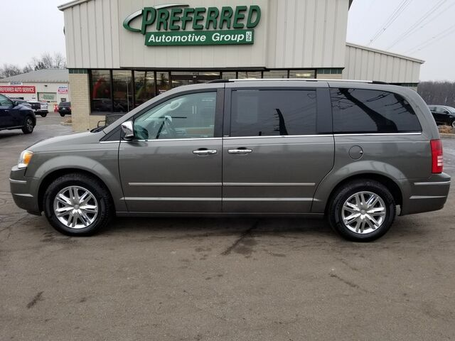 2010 Chrysler Town & Country Limited Fort Wayne Auburn and Kendallville IN