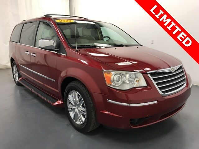 2010 Chrysler Town & Country Limited Holland MI