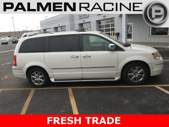 2010 Chrysler Town & Country Limited Racine WI