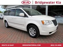 2010_Chrysler_Town & Country_Touring_ Bridgewater NJ