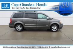 2010_Chrysler_Town & Country_Touring_ Cape Girardeau MO