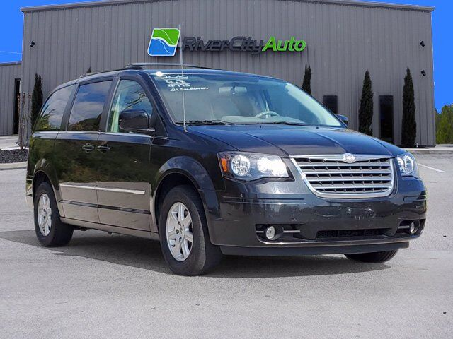 2010 Chrysler Town & Country Touring Chattanooga TN