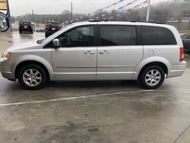 2010_Chrysler_Town & Country_Touring_ Chattanooga TN