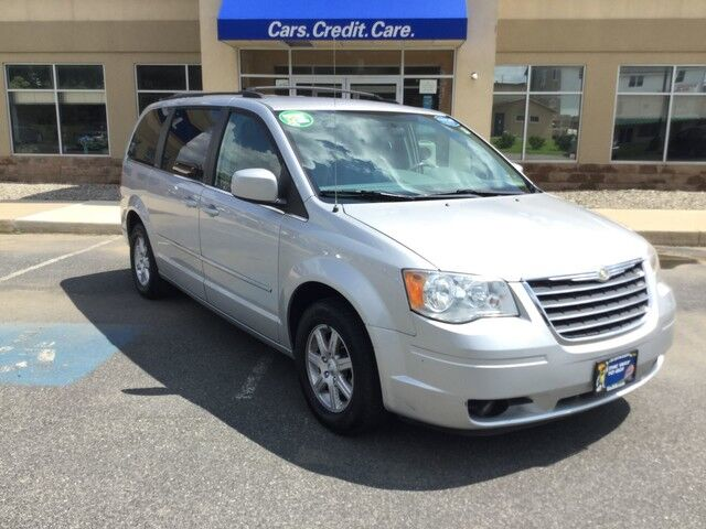 2010 Chrysler Town & Country Touring Easton PA