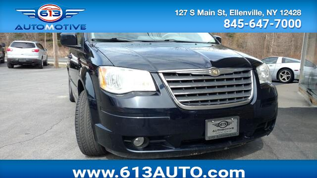 2010 Chrysler Town & Country Touring Ulster County NY