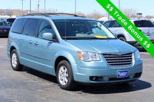 2010 Chrysler Town & Country Touring Green Bay WI
