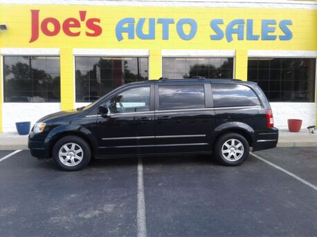 2010_Chrysler_Town & Country_Touring_ Indianapolis IN