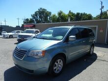2010_Chrysler_Town & Country_Touring_ St. Joseph KS