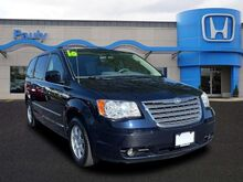 2010_Chrysler_Town & Country_Touring_ Libertyville IL