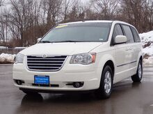2010_Chrysler_Town & Country_Touring Plus_ Ellisville MO